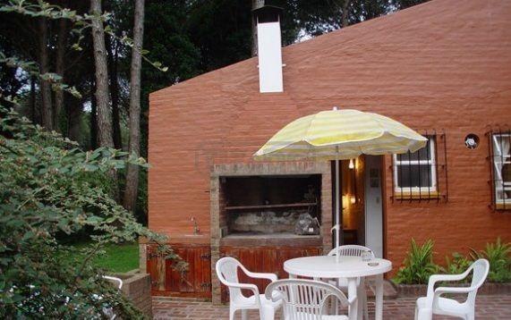 casa  en venta ubicado en carilo, costa atlántica
