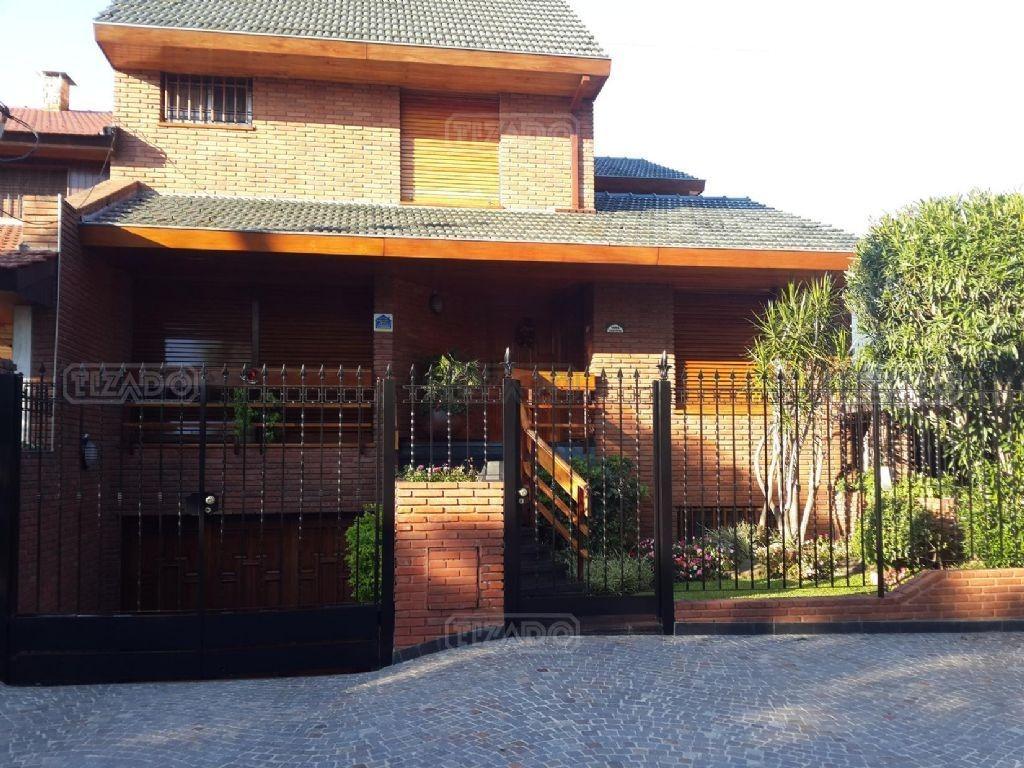 casa  en venta ubicado en castelar, zona oeste