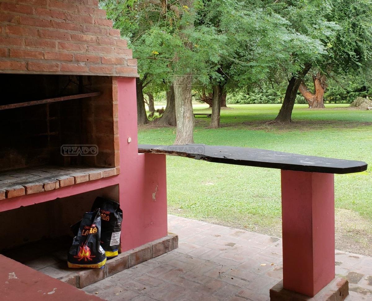 casa  en venta ubicado en chacras de general rodriguez, zona oeste