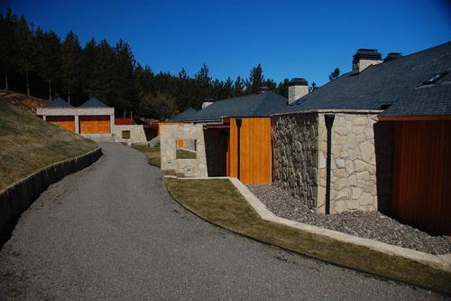 casa  en venta ubicado en chapelco golf, san martin de los andes