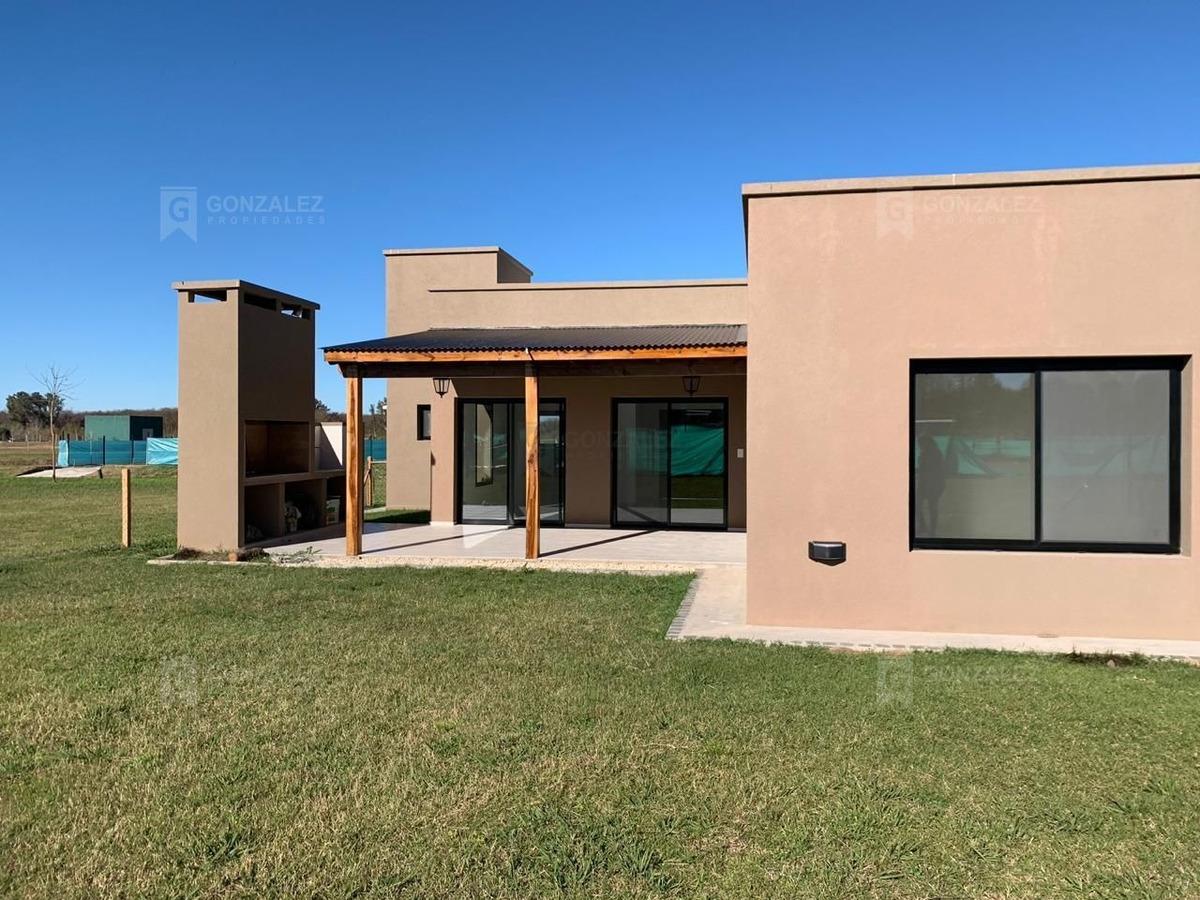 casa  en venta ubicado en el aljibe, pilar y alrededores