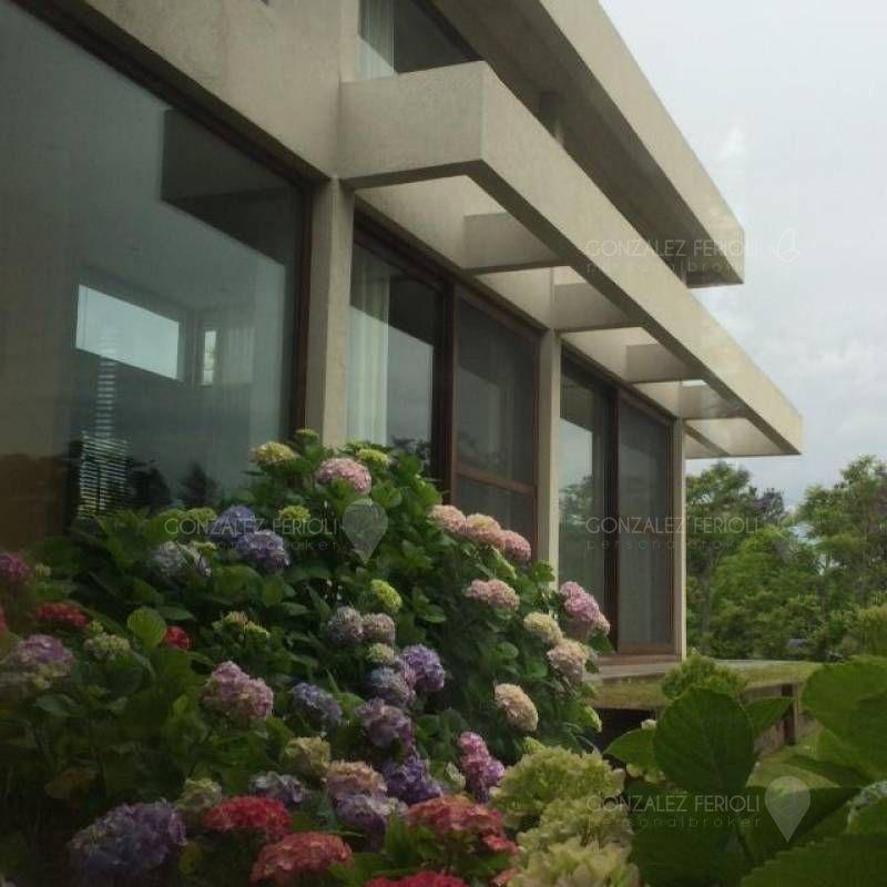 casa  en venta ubicado en el golf, nordelta
