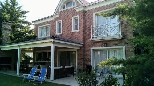 casa  en venta ubicado en la alameda, nordelta