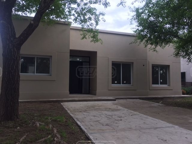 casa  en venta ubicado en la comarca, zona norte
