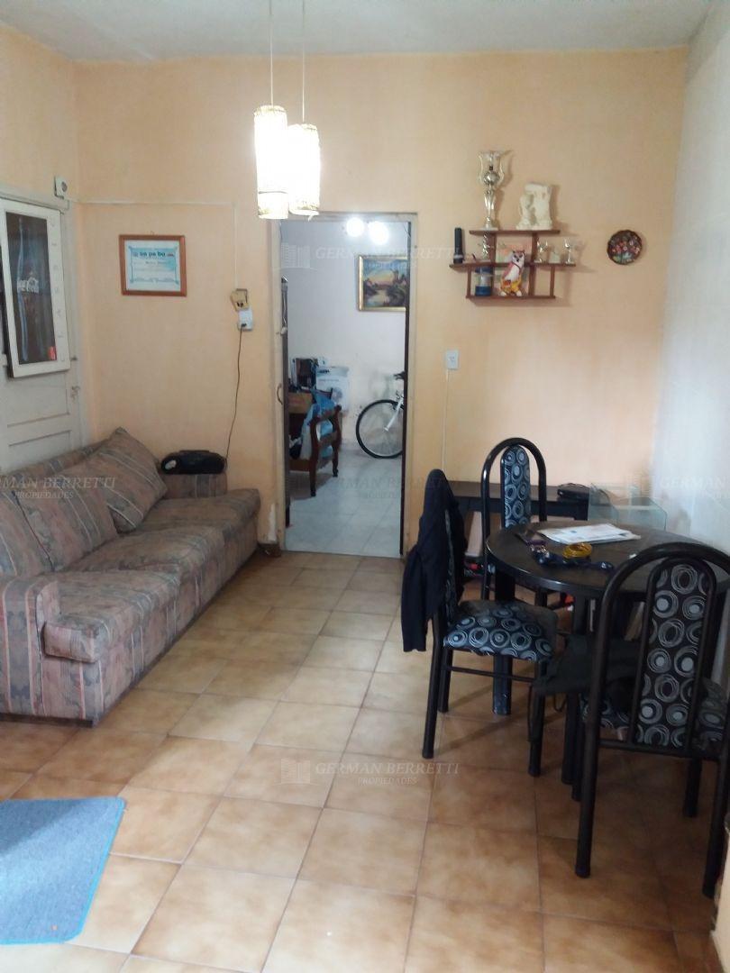 casa  en venta ubicado en lanús este, zona sur