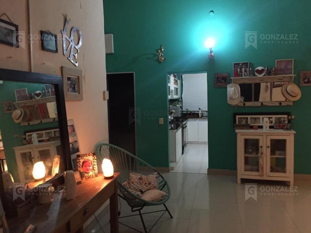 casa  en venta ubicado en mirasoles, pilar y alrededores