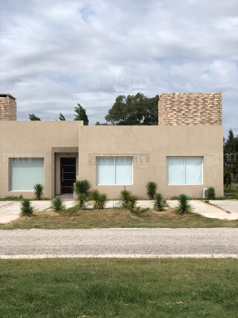 casa  en venta ubicado en san eliseo golf & country (guernica), presidente perón