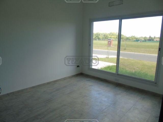 casa  en venta ubicado en san ramón, pilar del este