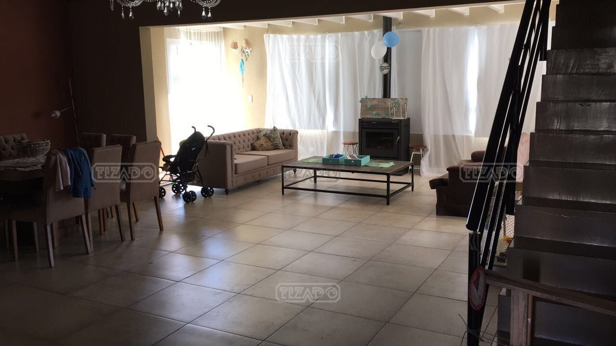 casa  en venta ubicado en santa guadalupe, pilar del este