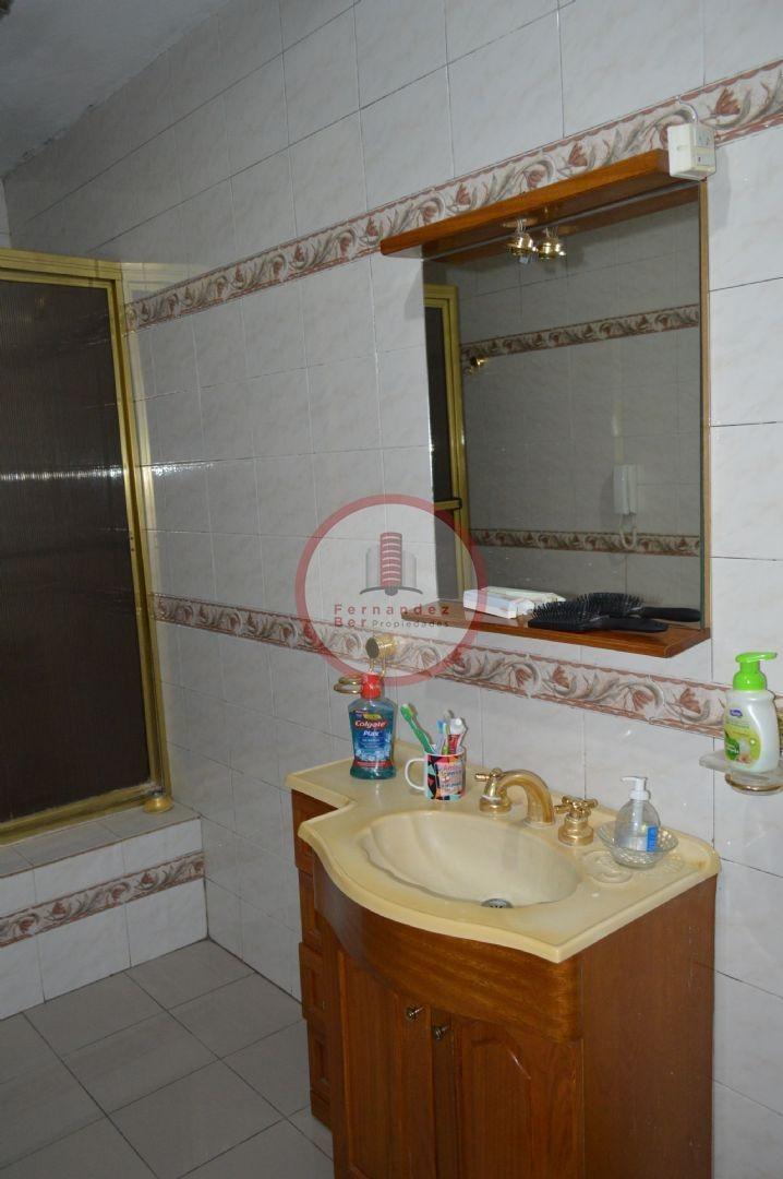 casa  en venta ubicado en villa elvira, la plata