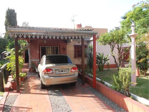 casa en venta :: udaondo :: 4 ambientes :: 697m2