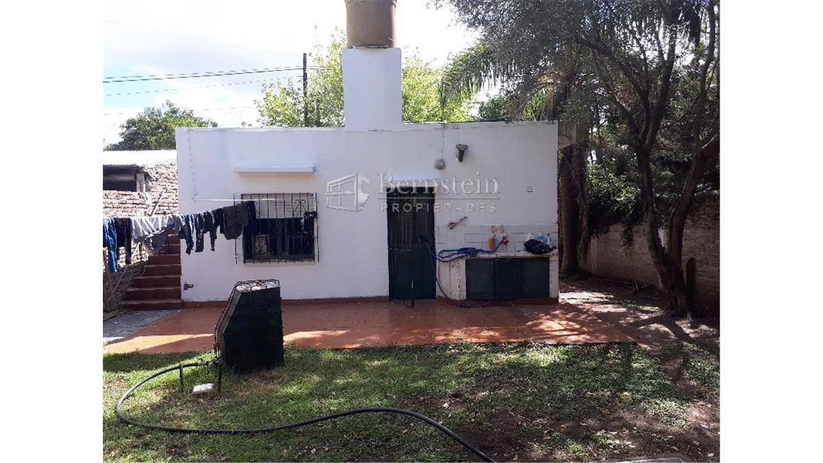 casa en venta :: udaondo :: ituzaingo :: 268m2
