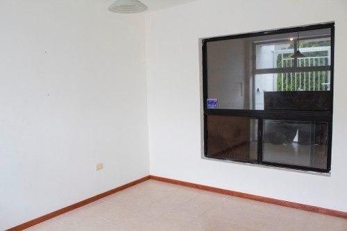 casa en venta una planta fraccionamiento privado