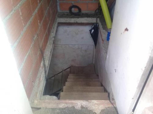 casa en venta urb prados de la encrucijada cód 18-8305 gjg