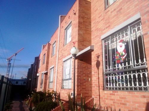 casa en venta - villas de aranjuez, bogota