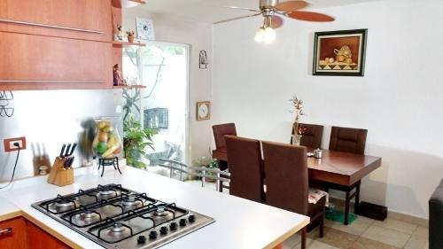 casa en venta y/o renta santuarios del pueblito
