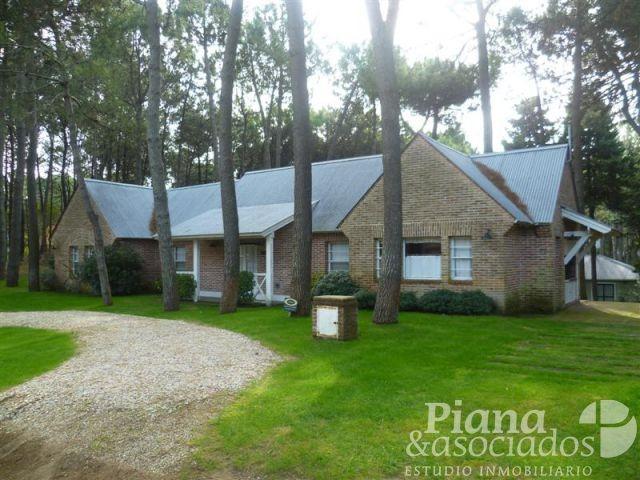 casa en venta- zona norte- 4 ambientes +dependencia