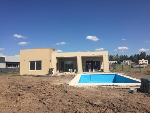 casa en venta/alquiler : canning : : barrio don joaquin - lote 98