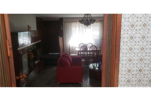 casa en venta,excelente ubicación en caballito.