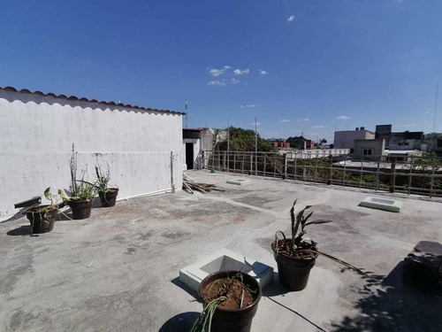 casa en  venta/renta en el centro amueblada con dos locales