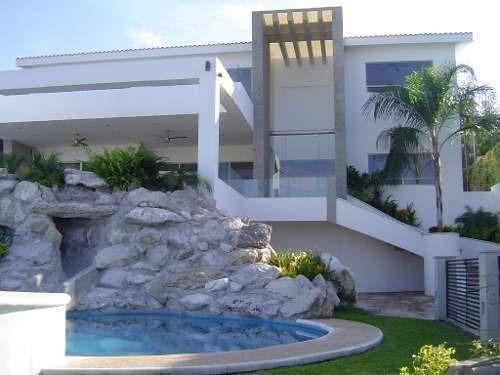 casa en venta,ubicada en lomas de cocoyoc,casa inteligente.