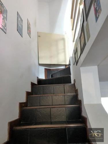 casa en villa uruqiza, muy lindas dimensiones, ambientes amplios y cómodos - zona muy tranquila.