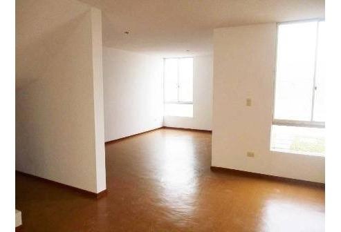 casa en villaclub 3 de 2 pisos sin usar