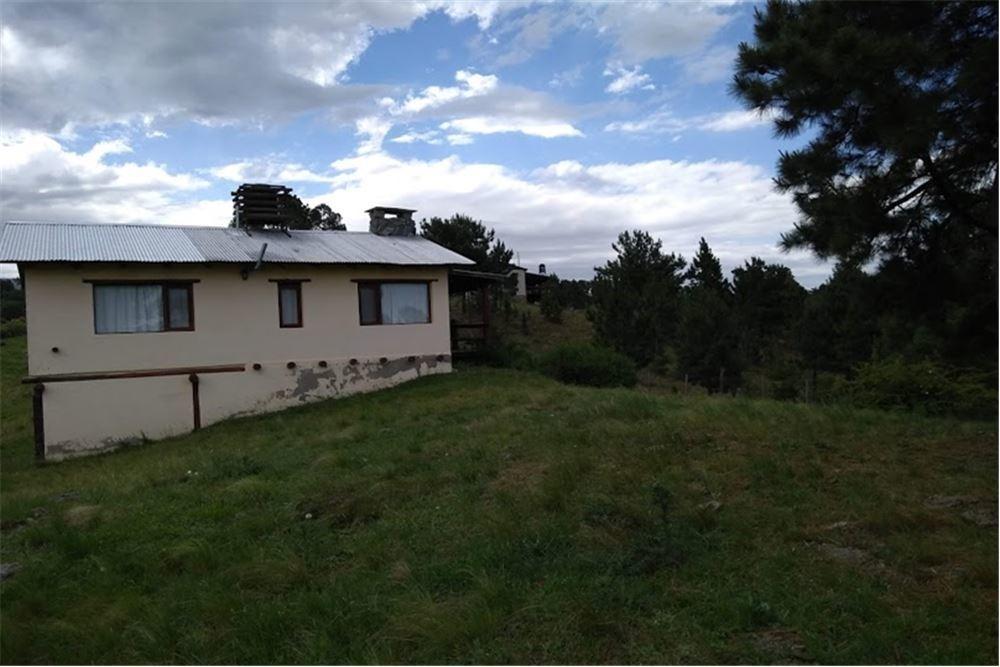casa en yacanto con terreno de 13.500 mts2