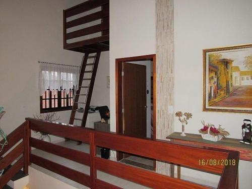 casa escriturada com 03 dormitórios - peruíbe 5697 | p.c.x