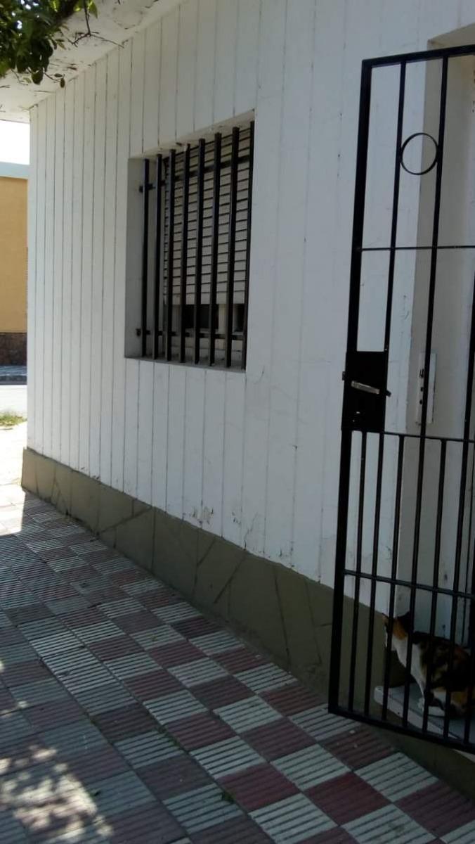 casa esquina altos gral paz 2 dorm