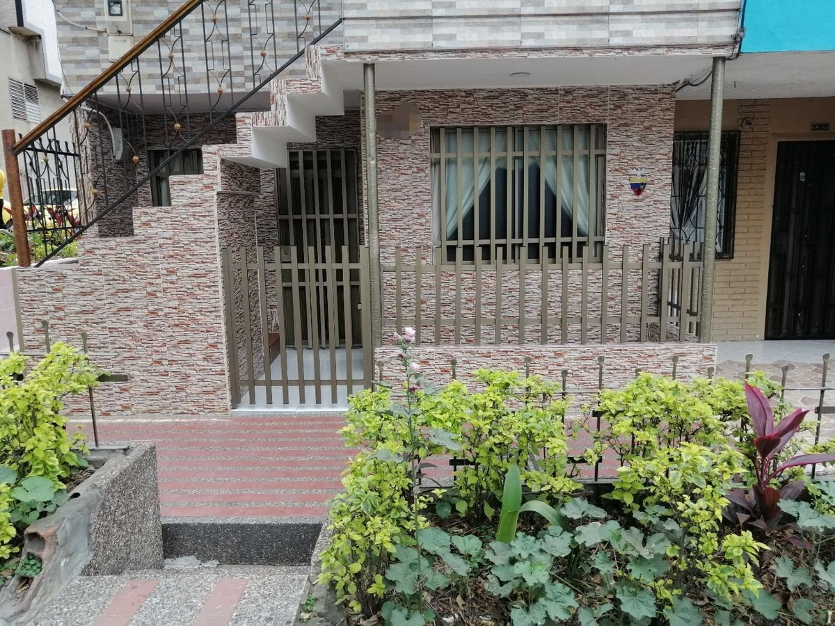 casa esquina primer piso calatrava (taxiger)