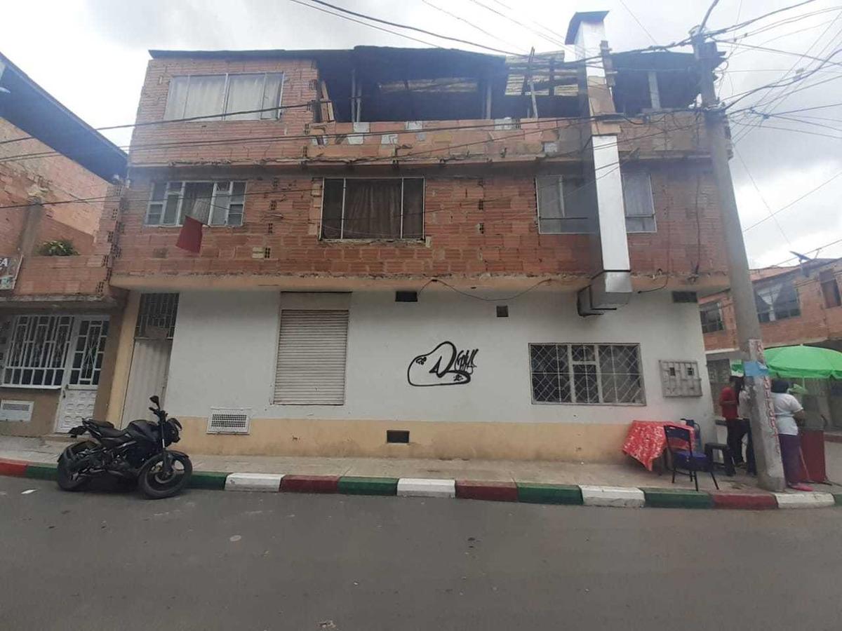 casa esquinera en venta bosa santa fe