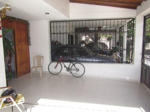 casa esquinera en venta sector los patios