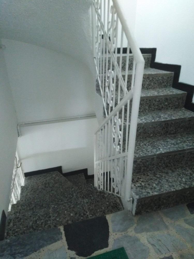 casa esquinera rentable excelente ubicacion santa helenita