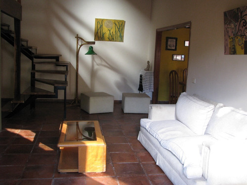 casa estilo cabaña,a 3 cuadras del mar,pileta,ideal familia