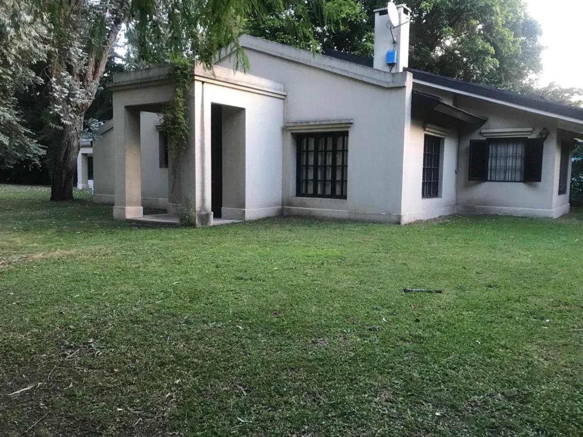 casa estilo campo a mts de gorriti y permuta en ituzaingo