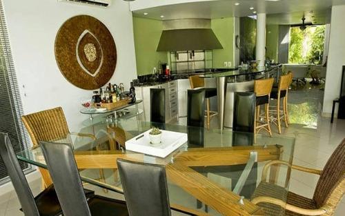 casa estilo mediterrâneo mobiliada frente mar jurerê internacional florianópolis