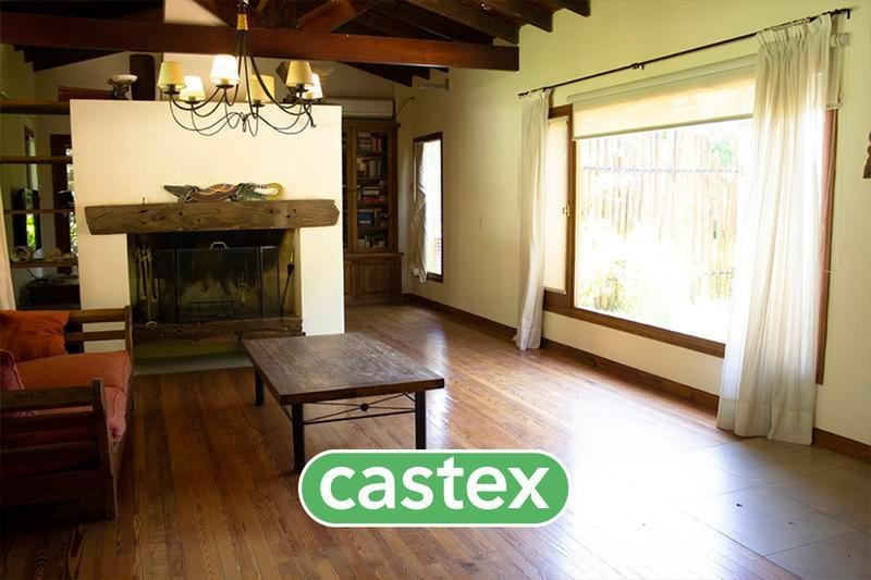 casa estilo mexicano en alquiler anual en campos de alvarez