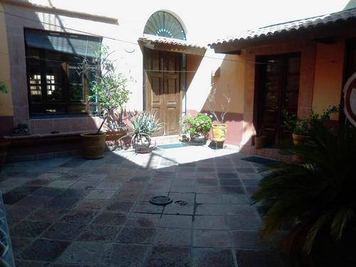 casa estilo mexicano en el centro de qro/acr