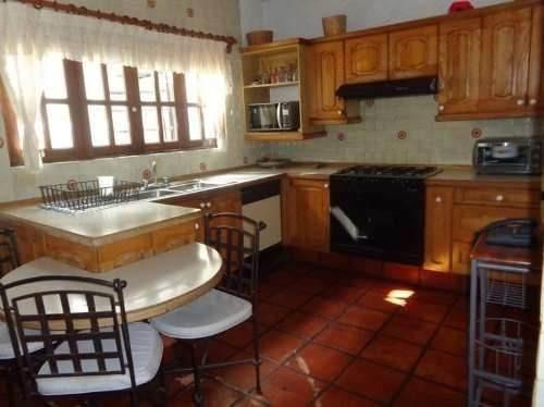 casa estilo mexicano en lomas tetela.