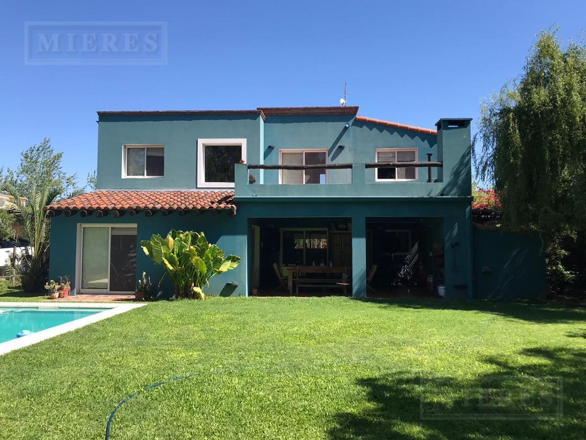 casa estilo mexicano en venta y alquiler en santa clara - 3 habitaciones