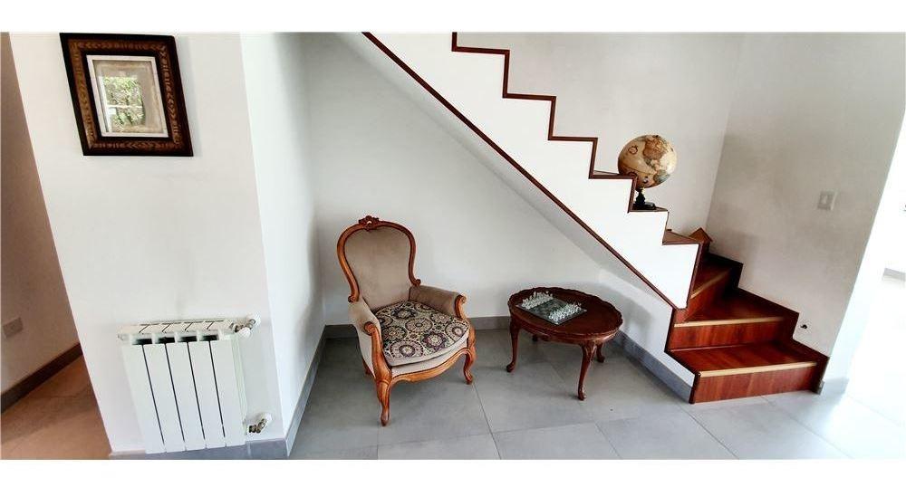 casa estilo moderna en bº don carlos