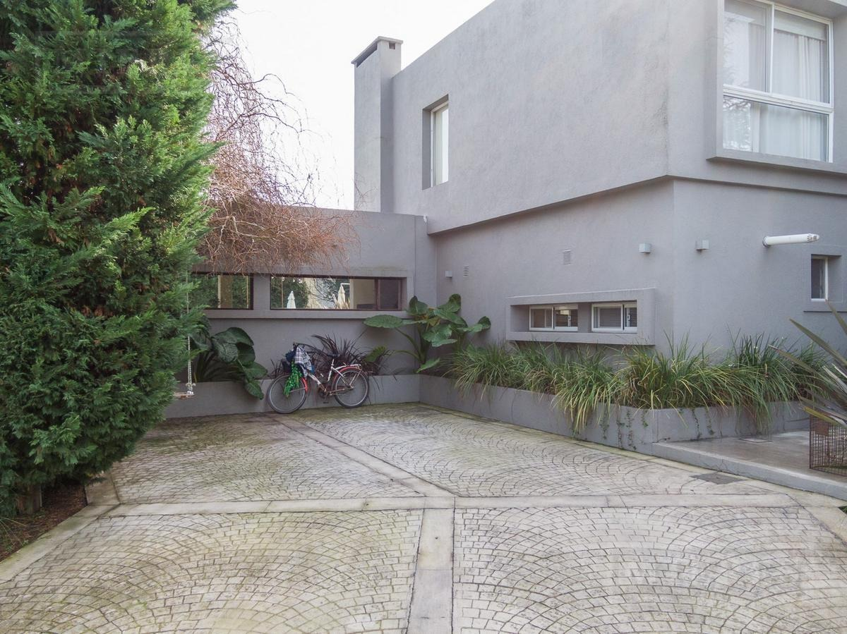 casa estilo moderno en venta ubicada en  santa clara, villa nueva