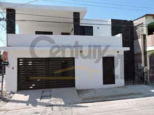 casa estilo tradicional en venta, col. lauro aguirre, tampico, tamaulipas.