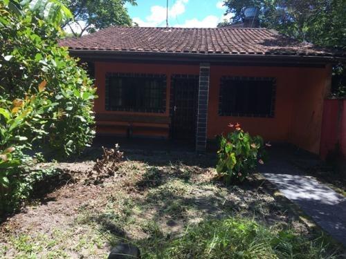 casa excelente no bairro bopiranga em itanhaém!!!