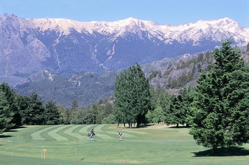 casa excelente precio-calidad en arelauquen, zona golf
