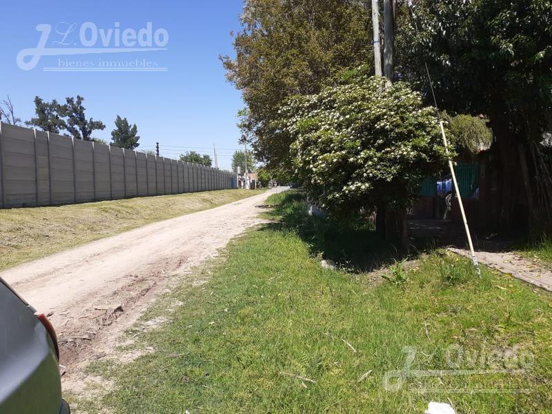 casa excelente ubicación a una cuadra del asfalto ****