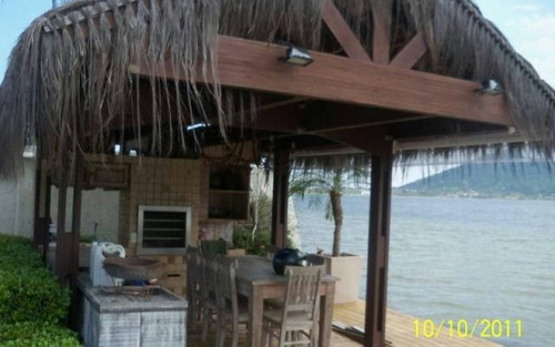 casa exclusiva 4 suítes beira da lagoa conceição trapiche privativo para barco