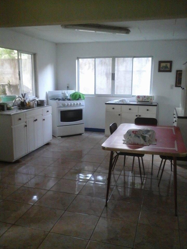 casa familiar y muy cómoda