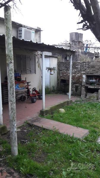 casa financiada en moreno centrica***